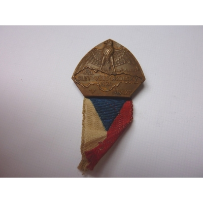 VIII. Slet všesokolský 1926, odznak připínací