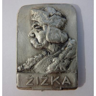 Žižka - odznak z první republiky