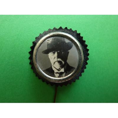 Smuteční odznak z pohřbu T.G. Masaryka, odznak jehla