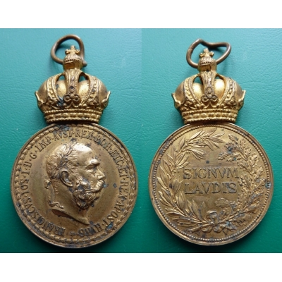 Signum Laudis - zlacený bronz - Vojenská záslužná medaile, originál