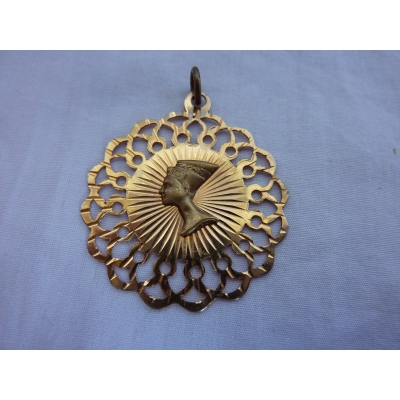 Antique gold plated pendant Nefertiti - Komi