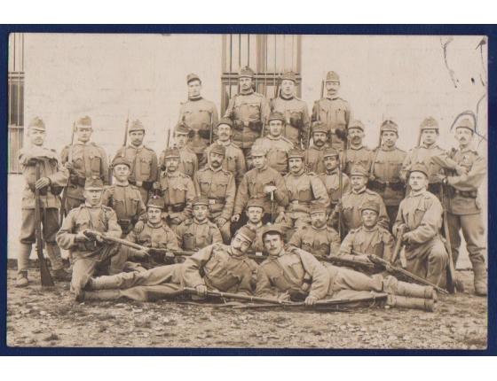 Pohlednice: 1. světová válka: Čeští vojáci ve válce 1915