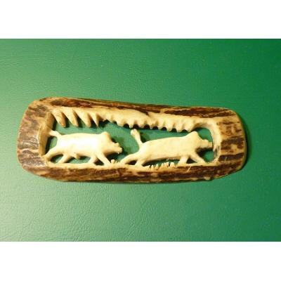 Hand-carved ornament antler - wild boar rut