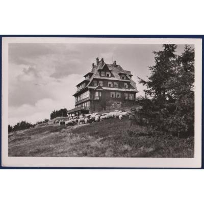 ČECHY a MORAVA - Hotel Radegost na Radhošti 1943, nájemce A. Kučera