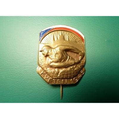 Czechoslovakia - a badge of the Prague Uprising of 1945