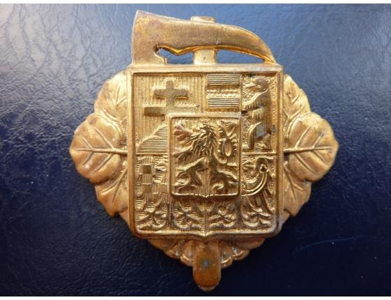 Československo - odznak na hasičskou čepici, první republika, originál