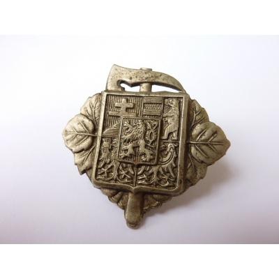 Tschechoslowakei - Feuerwehr Abzeichen an der Mütze, die erste Republik, das Original