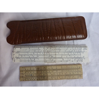 Set of 2 old slide rule in leather package