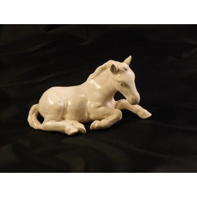 Porcelánová soška - hříbě