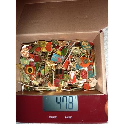 Krabička starých odznaků mix